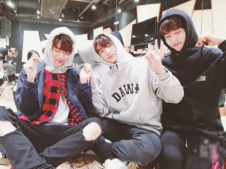 Stray Kids - SeungMin, HyunJin e JiSung