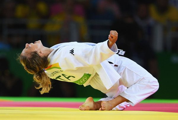 Odette Giuffrida Photos - Odette Giuffrida of Italy celebrates after defeating Yingnan Ma of China during the Women's -52kg semi final on Day 2 of the Rio 2016 Olympic Games at Carioca Arena 2 on August 7, 2016 in Rio de Janeiro, Brazil. - Judo - Olympics: Day 2
