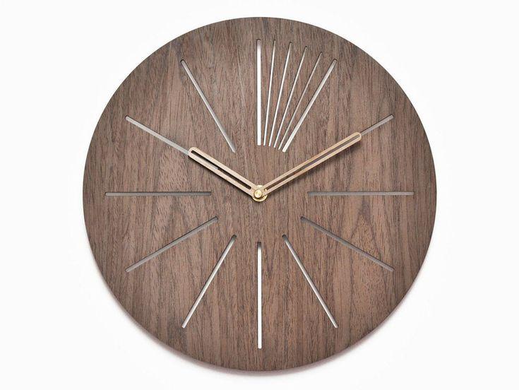 DAWANDA  Nowoczesny drewniany  zegar ścienny orzech 30cm - niusdesign - Zegary