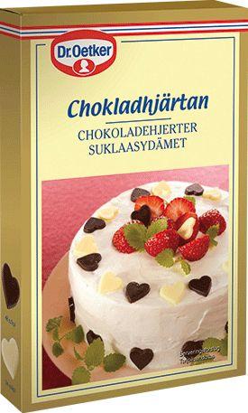Chokladhjärtan Både söta och goda är våra hjärtan gjorda av äkta kvalitetschoklad. Sprid lite kärlek över dina bakverk och bjud någon du tycker om. Perfekt till dekoration av tårtor, cupcakes och desserter. Varje förpackning innehåller 48 st hjärtan av mörk choklad och 24 hjärtan av vit choklad.