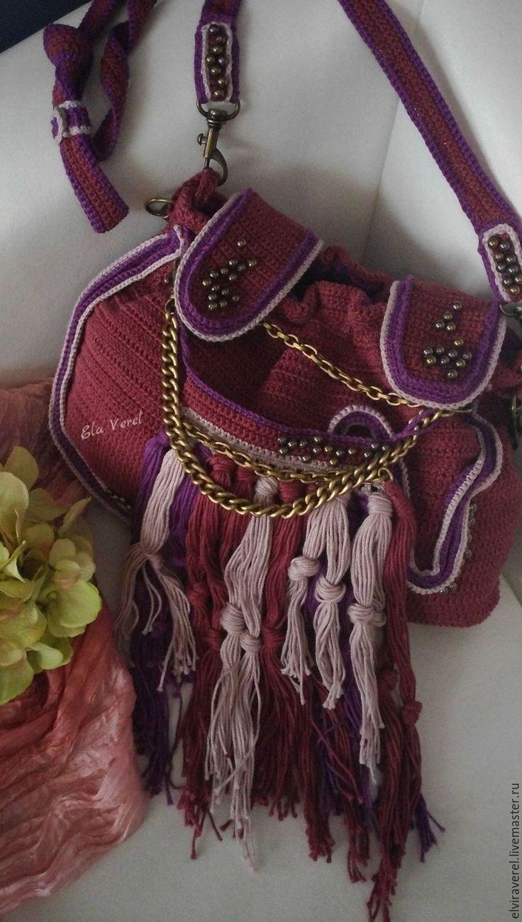 Купить Вязаный комплект сумка+украшение ''СЛИВОВЫЙ ПУНШ -БОХО'' - комбинированный, однотонный, вязаная сумка