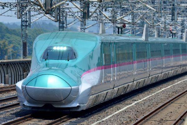 新幹線e5系 E6系 おしゃれまとめの人気アイデア Pinterest 一郎 間宮 新幹線 東日本 Jr 西日本