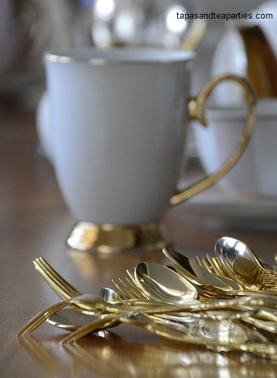 24 carat gold plated cutlery which matches are china perfectly