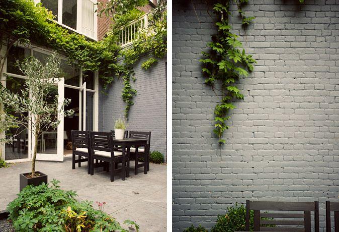25 beste idee n over ommuurde tuin op pinterest grind loopbrug grind landschap en formele tuinen - Modern volwassen kamer behang ...
