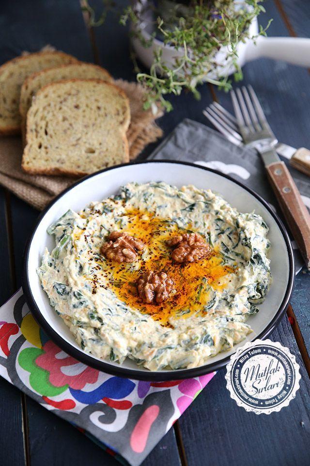 Süzme Yoğurtlu Havuçlu Ispanak Salatası – Mutfak Sırları – Pratik Yemek Tarifleri