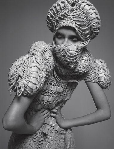 sculptural knitting / nanna van blaaderen