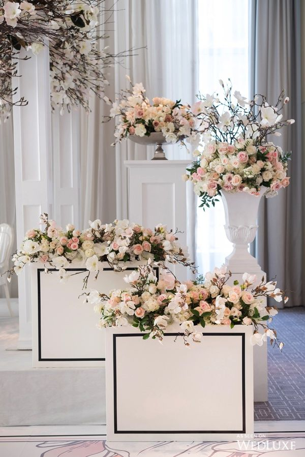 WedLuxe – A Spectacular Spring Wedding | Photography By: 5ive15ifteen Photo Company Follow @WedLuxe for more wedding inspiration!