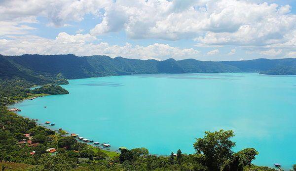 Image result for lago de coatepeque el salvador