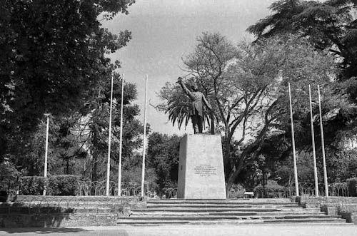 Plaza de armas, Melipilla - Chile. Fotografia analoga.