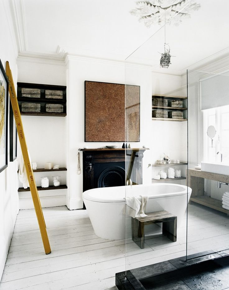 heatkingsa:coolchicstylepensiero:  Louella Bathroom | photo sharyn cairns  Fireplace in bathroom