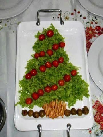 Lindas e super saudáveis...Vai ficar uma Glamour só a sua ceia de natal com essas saladas em formato de árvores de natal! Mais uma li...