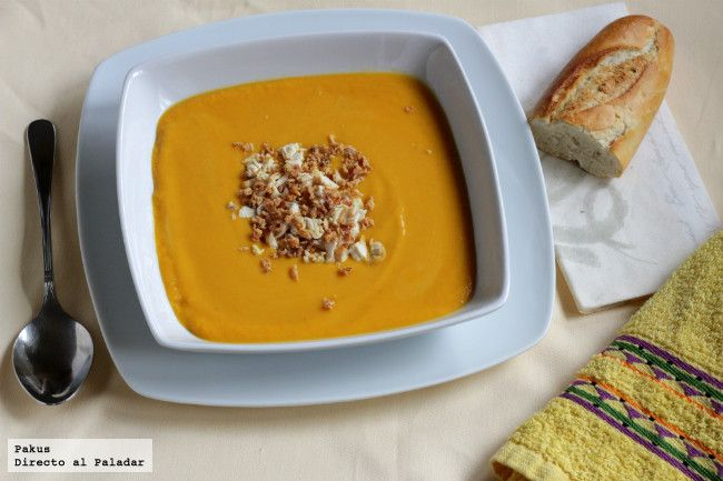 Crema anisada de calabaza asada, zanahoria y patata. Receta con fotos paso a paso del proceso de elaboración y presentación. Receta de crema para...