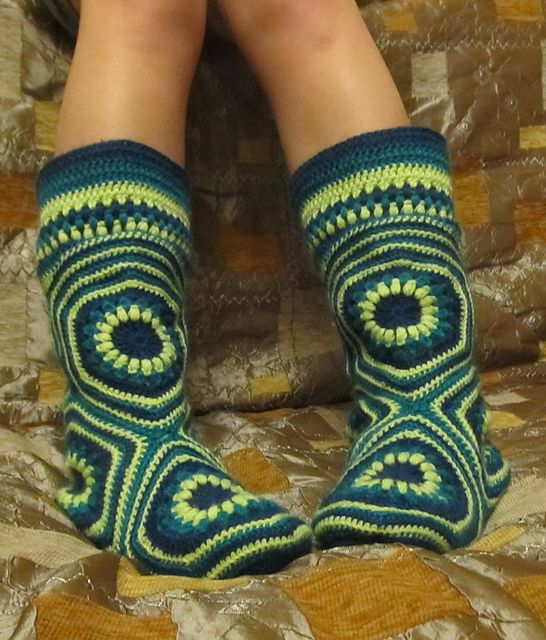 Granny Square Hexagon Slipper Boots Free Patterns | The WHOot