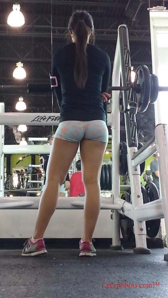 Pin by Oscar Ramirez on Candid Booty in 2019  Gym