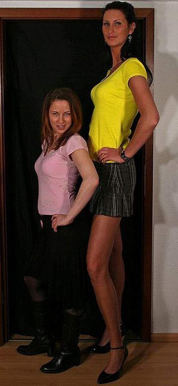 Tall women nude photo 8