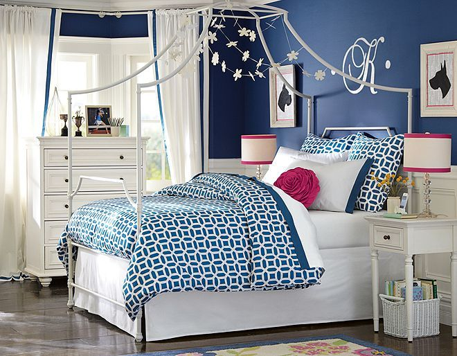 I love the PBteen Maison Peyton Bedroom on pbteen.com A likes the frame over the bed