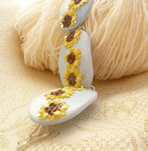 Sunflower bracelet from Pardo
