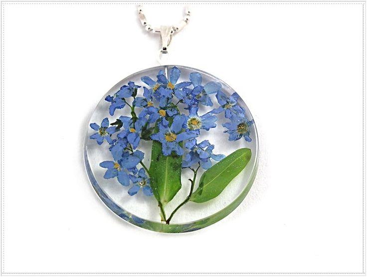 Niezapominajki w żywicy_d279. Resin jewelry. w Flowery Inspirations na DaWanda.com