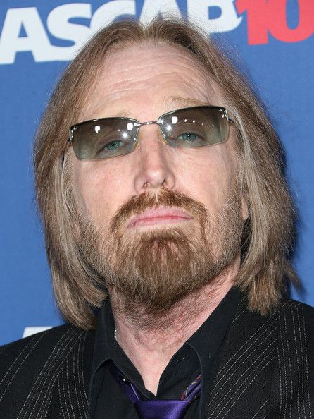 Tom Petty Photos - Singer Tom Petty attends the 31st Annual ASCAP Pop Music Awards at The Ray Dolby Ballroom at the Hollywood & Highland Center on April 23, 2014 in Hollywood, California. - Arrivals at the ASCAP Pop Music Awards