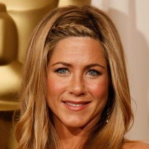 Google Image Result for http://www.moodswingssalon.com/blog/wp-content/uploads/2011/11/jennifer-aniston-lg1-300x300.jpg