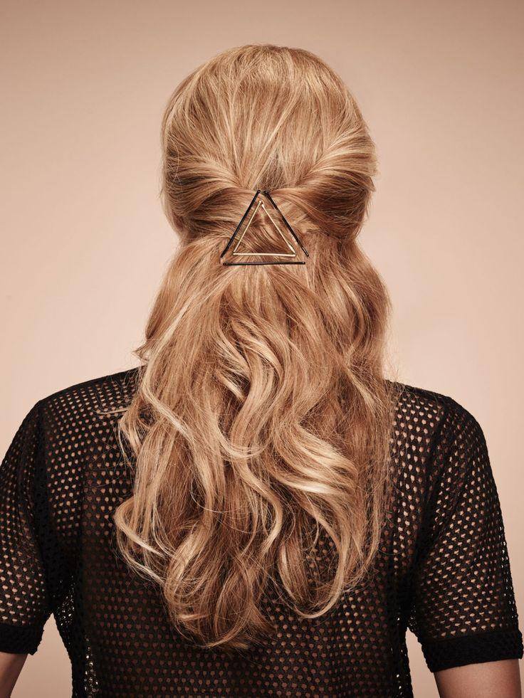 Die besten 25 Haare nach hinten Ideen auf Pinterest  Frisur nach hinten Bobfrisur hinten und