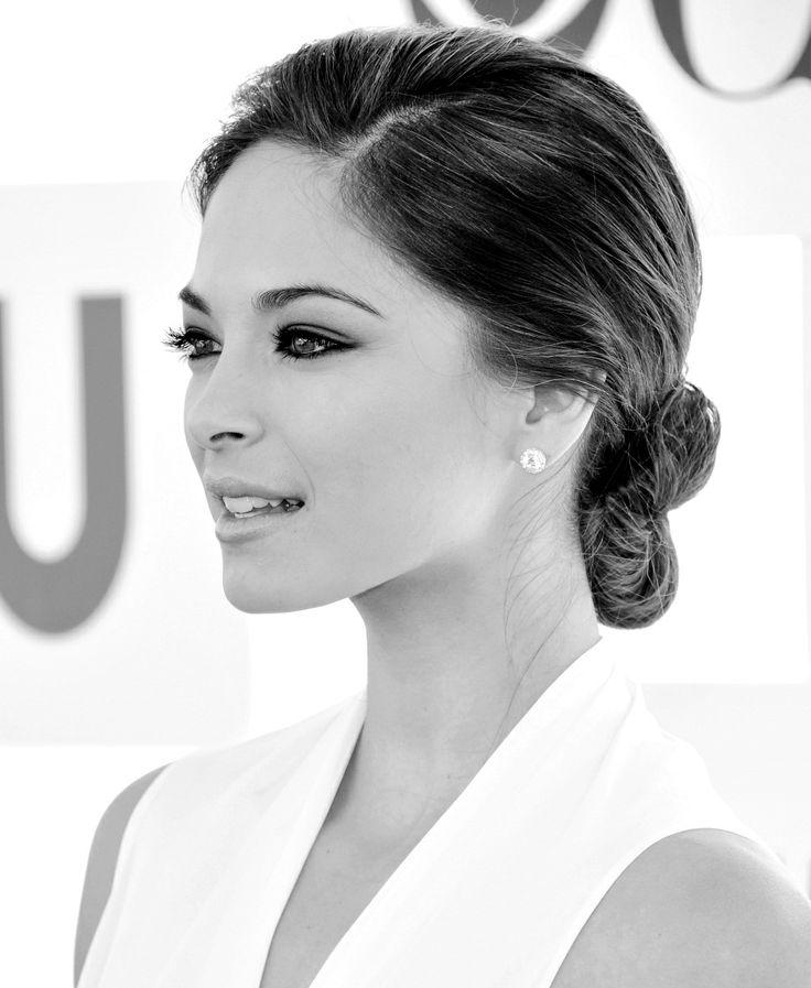 ♥ that woman! Kristin Kreuk - true beauty