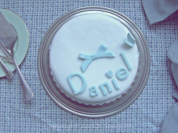 Ice fondant cake