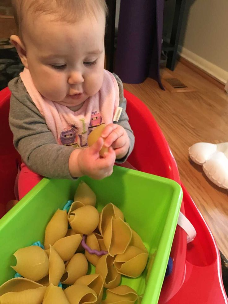Toys For 4 6 Month Old Babies : Best sensory activities for month old ideas on