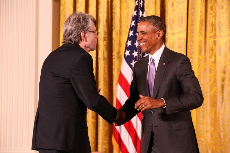 Stephen King Doesn't Want To Be 'Afraid' of Conservatives — Oh, And Ben Carson Is Crazy