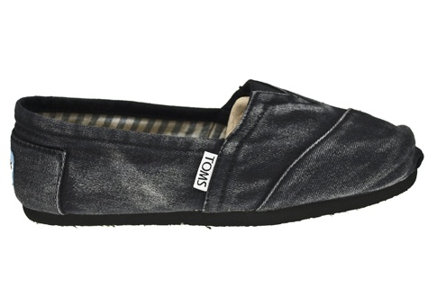 Toms jean shoes These are really different and idk if I like them:/