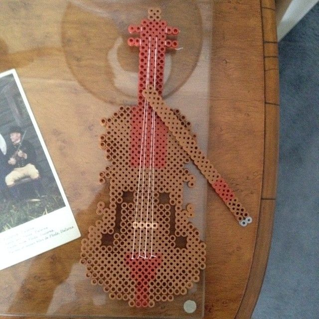 Violin perler fuse beads by perlerobsessed