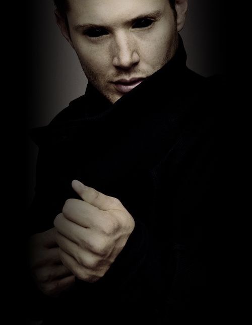 Demon Dean. Season 10. He's a demon... I shouldn't think that's hot... but fa real..i would do it!