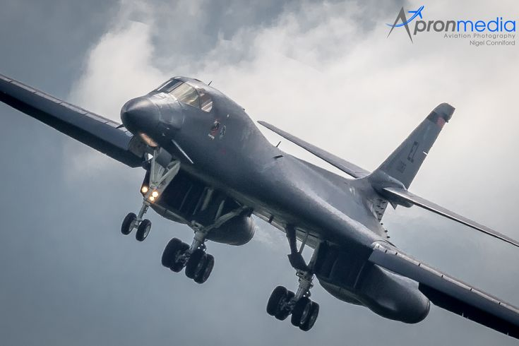 """https://flic.kr/p/Vj2FnA   U.S.A.F 85-0083 B1-B Lancer 28th BW/34th BS, Ellsworth AFB, T-Birds """"Overnight Delivery"""" MYTEE11"""