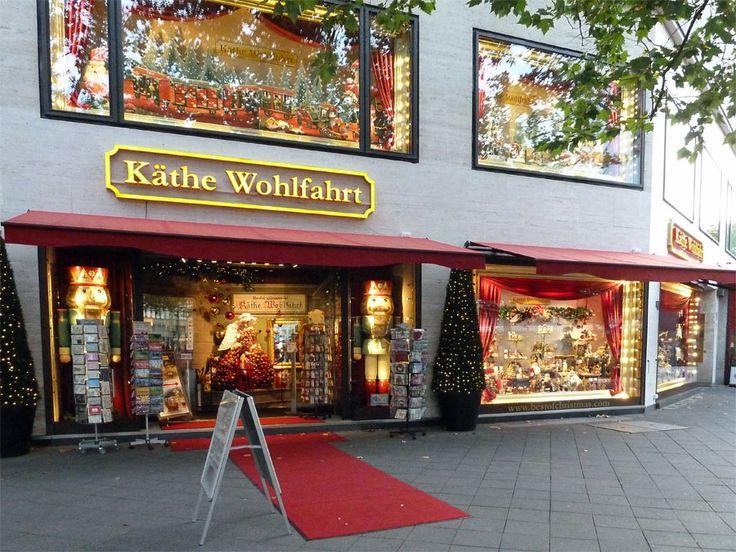 Også i Berlin har Käthe Wohlfahrt sin helårs julebutikk på ...