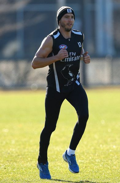 Dale Thomas of the Magpies jogs during a Collingwood Magpies AFL training session at Olympic Park on July 9, 2013 in Melbourne, Australia.