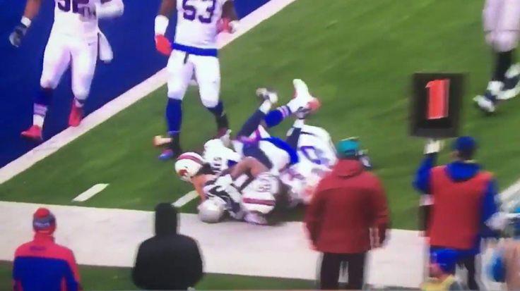 Bills Fan Throws Dildo Onto The Field As Pats Score 5th Touchdown