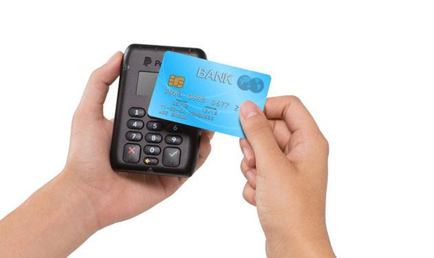 PayPal announces a new NFC enabled Here mobile payments card reader.  PayPal has announced at MWC 2015 overnight a new NFC enabled Here mobile payments card reader that will be able to take payments from NFC enabled credit/debit cards and NFC enabled mobiles. [READ MORE HERE]