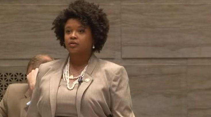 Missouri Democrats try to block anti-gay law by talking non-stop for 18 hours (and counting)