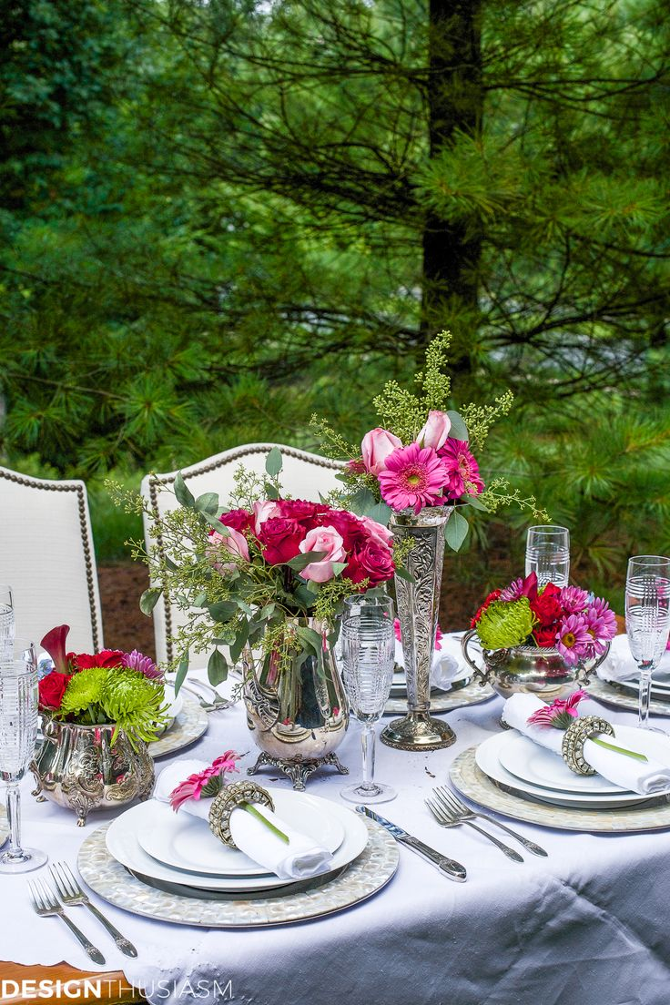How To Set A Special Outdoor Table With Ordinary White Dishes