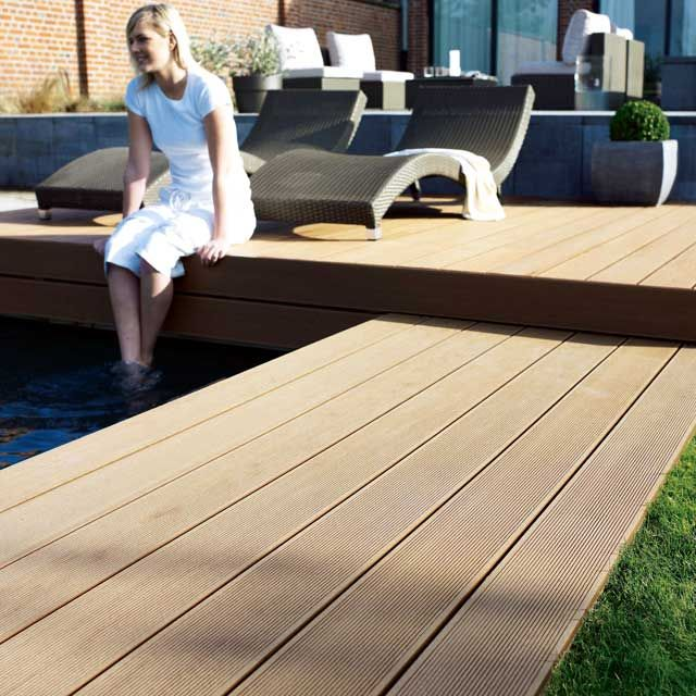 17 best ideas about terrasse en composite on pinterest - Terrasse en bois castorama ...