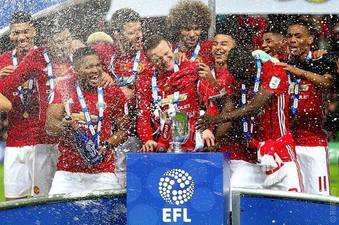 Covesia.com - Manchester United (MU) menjuarai Piala Liga Inggris (EFL/English Football League Cup) musim kompetisi 2016/2017 setelah menyudahi perlawanan...