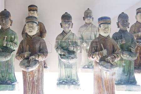 Estatua de caracteres chinos antiguos Foto de archivo
