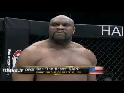 Random Awesome Fights: Bob Sapp vs. Rolles Gracie at ONE FC 2