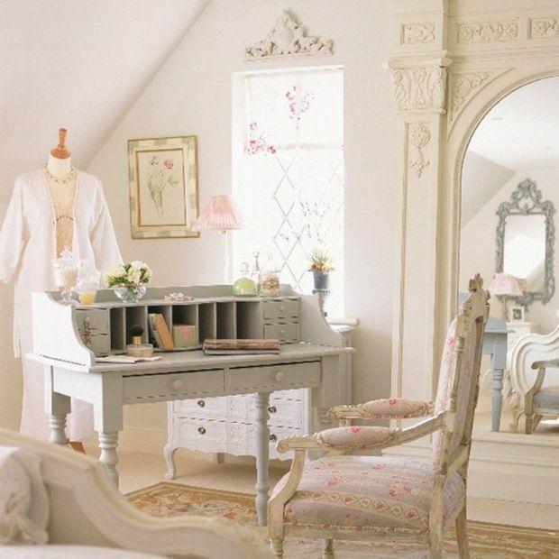 Schlafzimmer einrichten schöne Möbel Shabby Chic Stil Schreibtisch