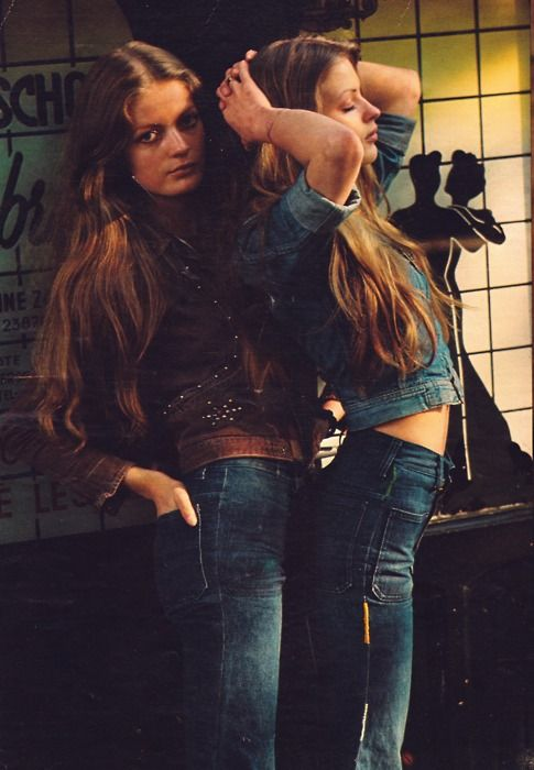 Girls in '70s denim fashion