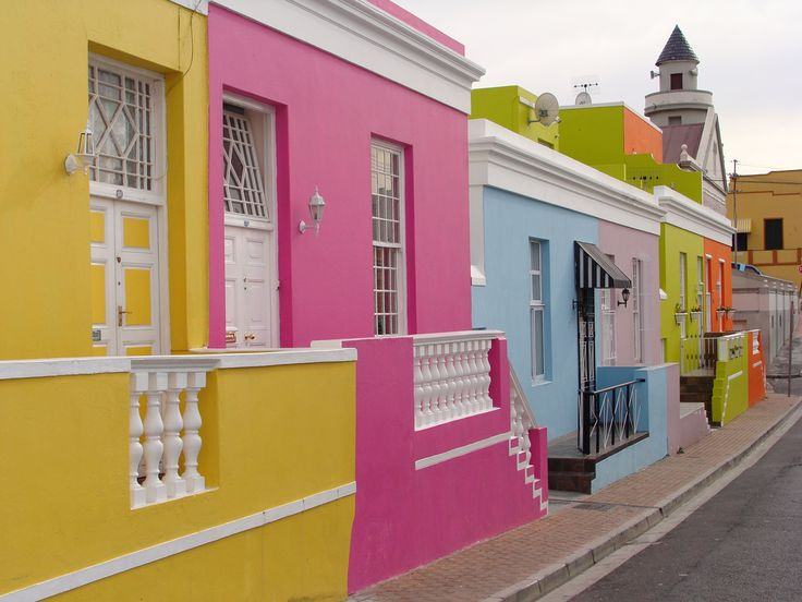 Bo-Kaap in Cape Town for yellow, green, pink, blue and orange houses!