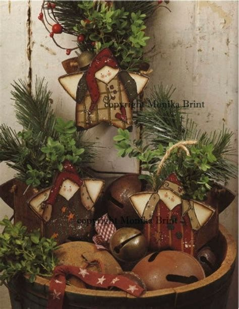 Image result for primitive christmas decorations Christmas trees - primitive christmas decorations