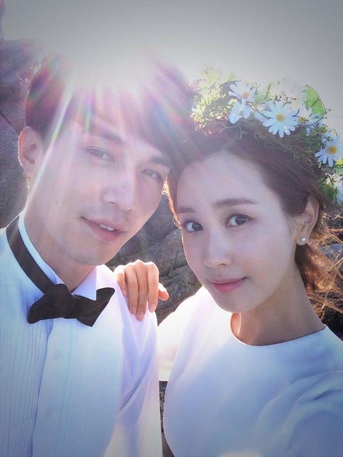 Lee Da Hae Shares Cute Selcas As She Says Goodbye To Hotel King