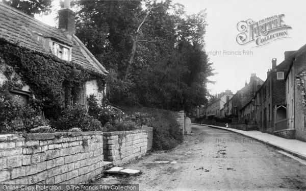 Glastonbury, Bove Town 1909, from Francis Frith