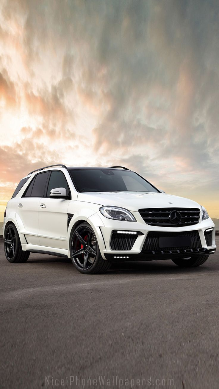 Mercedes Benz ML63 AMG IPhone 6/6 Plus Wallpaper